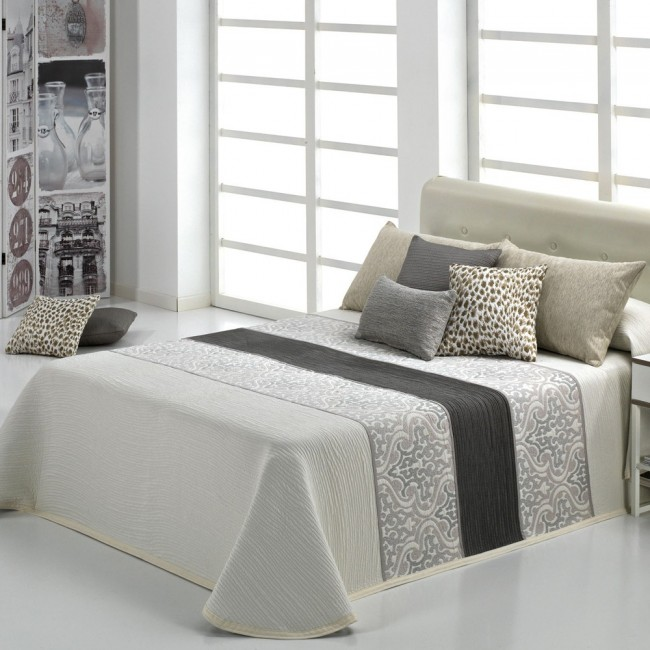cameron beige couvre lit jacquard de reig marti linge mat. Black Bedroom Furniture Sets. Home Design Ideas