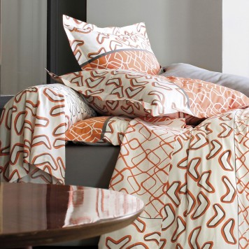 stunning variations orange drap plat with mat linge de maison. Black Bedroom Furniture Sets. Home Design Ideas